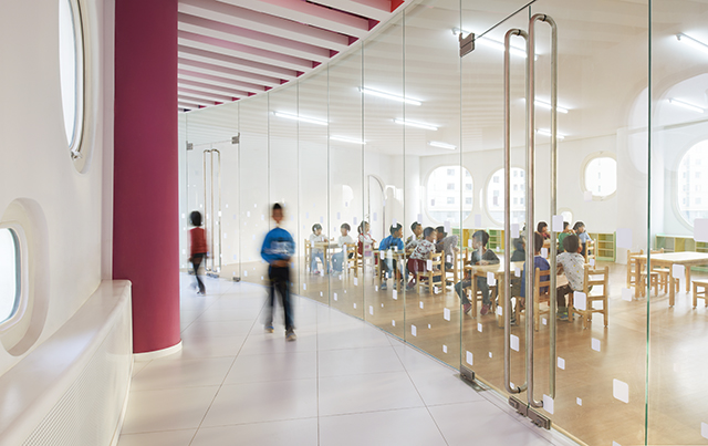 Loop-International-Kindergarten-School-By-Sako-Architects-1.jpg