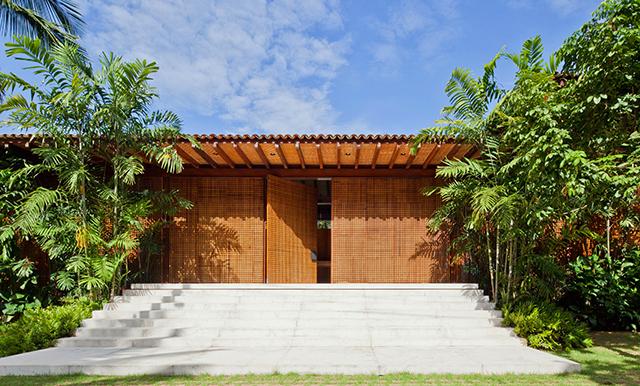 Residencia-MC-Jacobsen-Arquitetura-Tropical-Homes-7.jpg