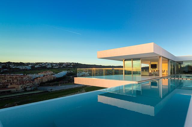 Villa-Escarpa-By-Mario-Martins-Atelier-KNSTRCT-7.jpg