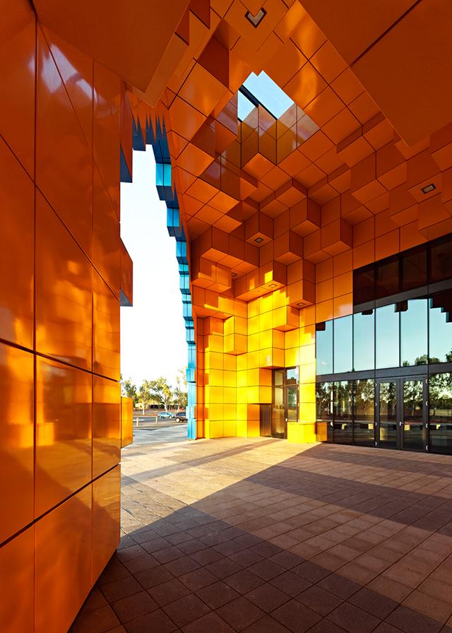 Wanangkura-Stadium-Port-Hedland-ARM-Architects-Australia-2.jpg