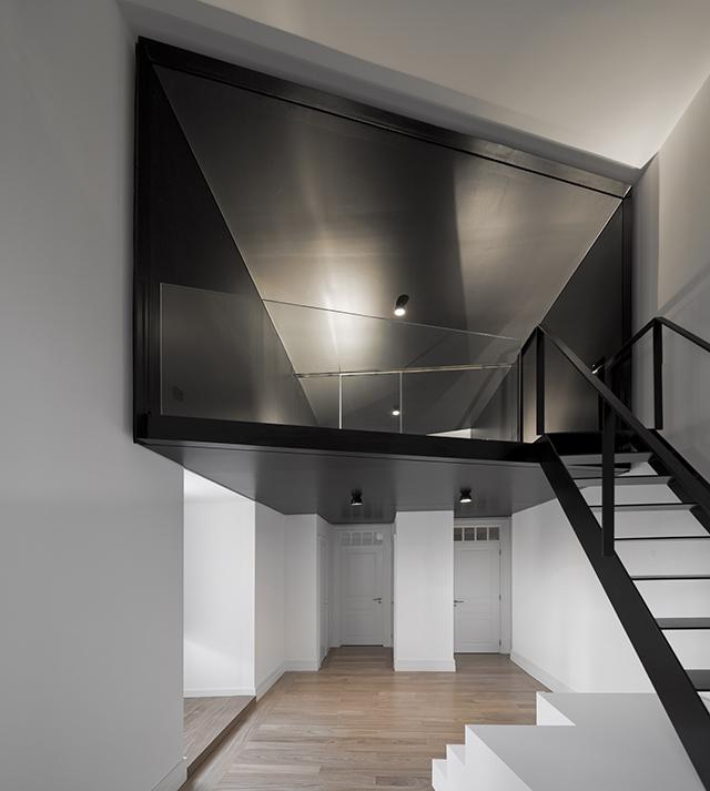Junqueira-Apartment-By-Aspa-Arquitectos-2.jpg