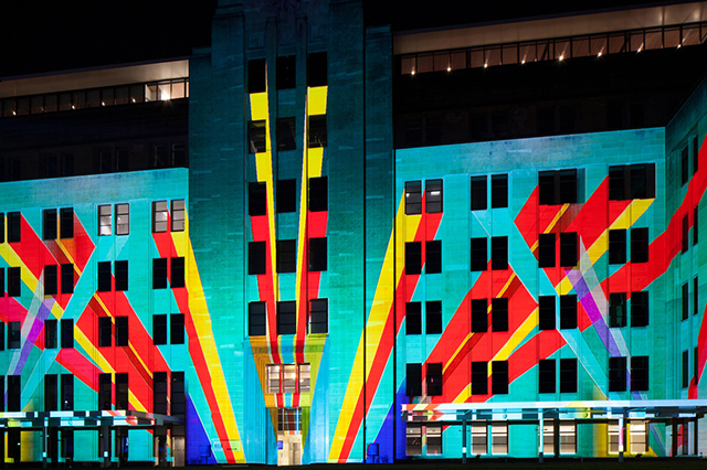 Vivid-Sydney-2013-Light-Show-4.jpg