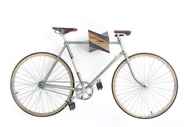 Elk-Wood-Bike-Hanger-Woodstick-Ltd-knstrct-5.jpg