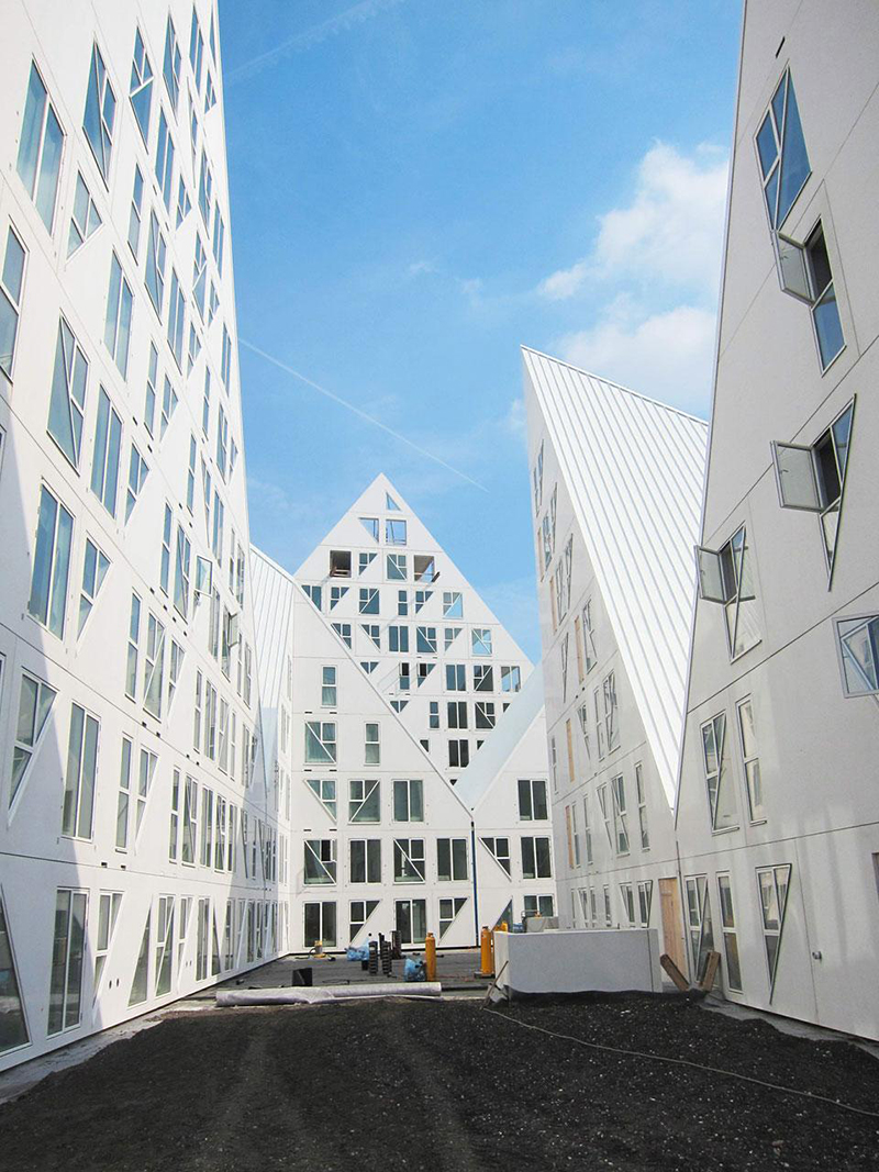 Isbjerget-Apartment-Complex-Search-Architects-3.jpg