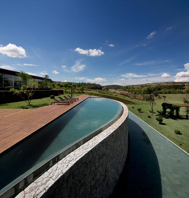 Casa-HS-Quinta-da-Baroneza-Studio-Arthur-Cassas-1.jpg