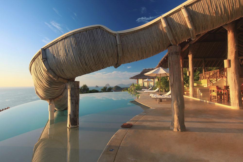 Knstrct-Travel-Hotel-Swimming-Pool-LG3.jpg