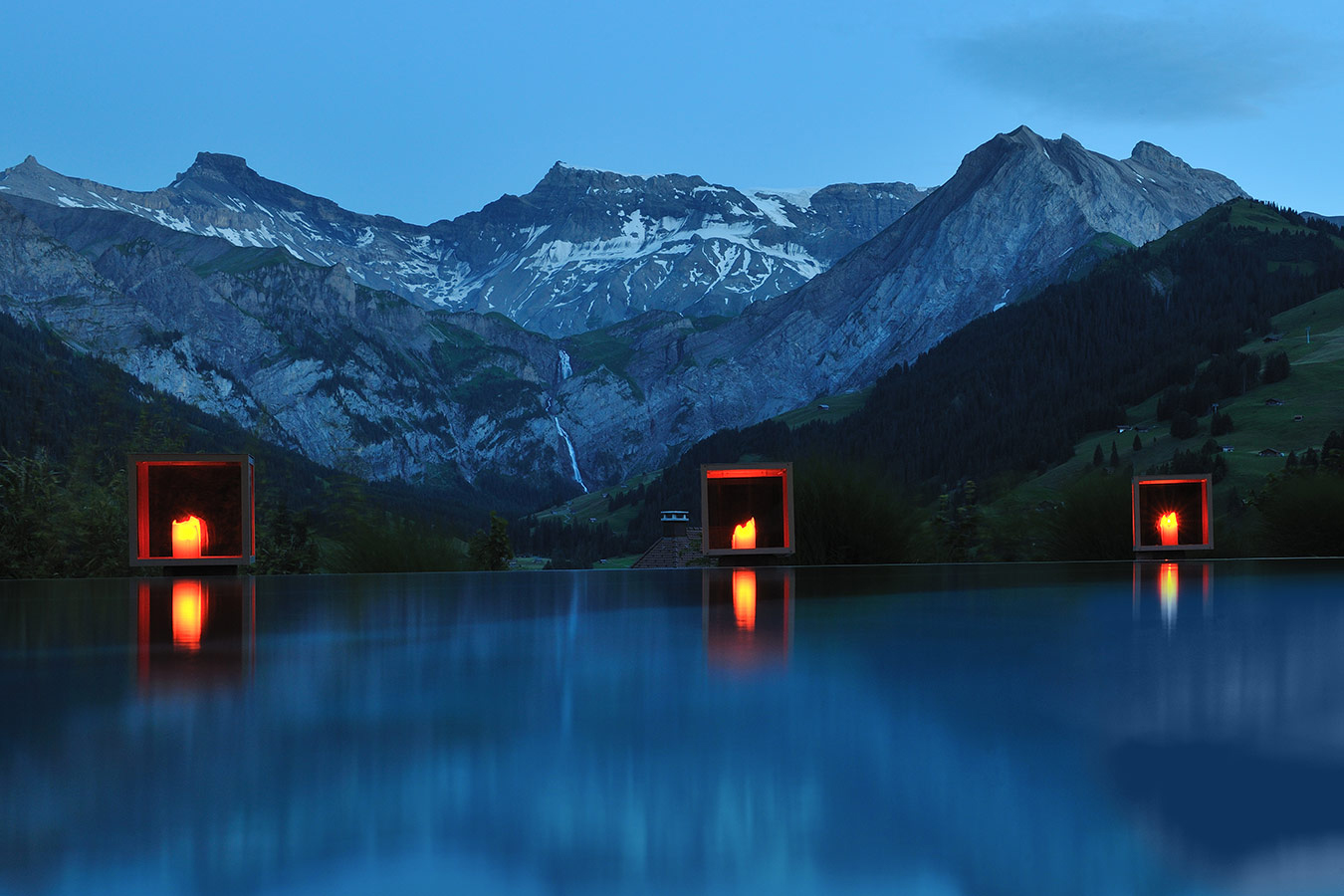 Knstrct-Travel-Hotel-Swimming-Pool-LG10.jpg