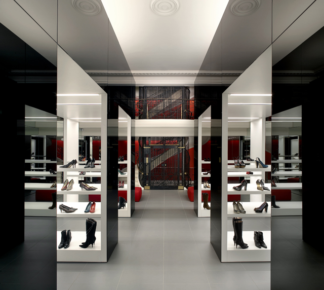 Found-Associates-Kurt-Geiger-Regent-London-Knstrct-4.jpg
