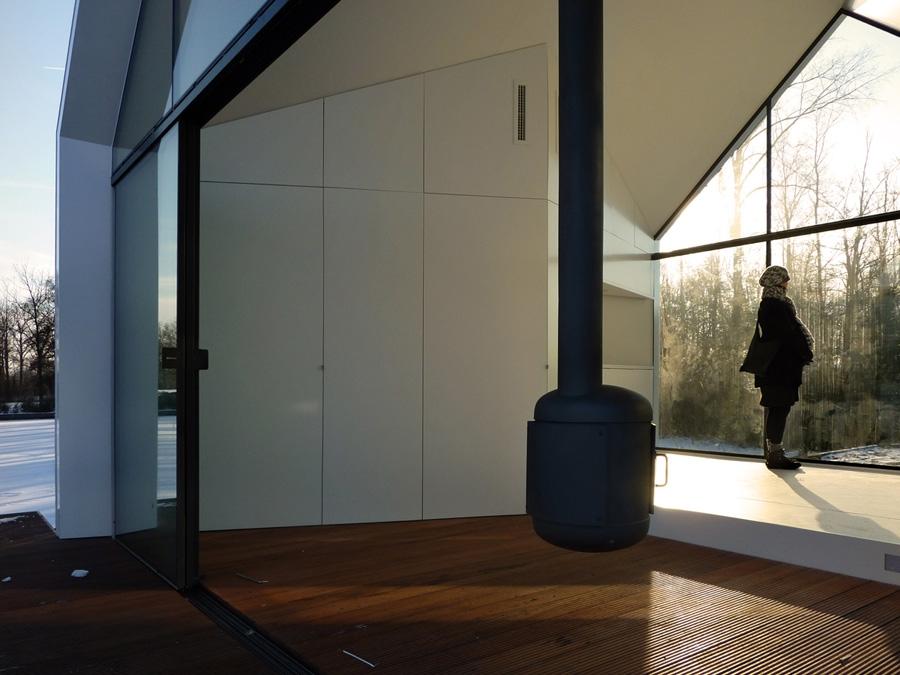 Loosdrecht-Island-house-2by4-architects-modern-homes-6.jpg