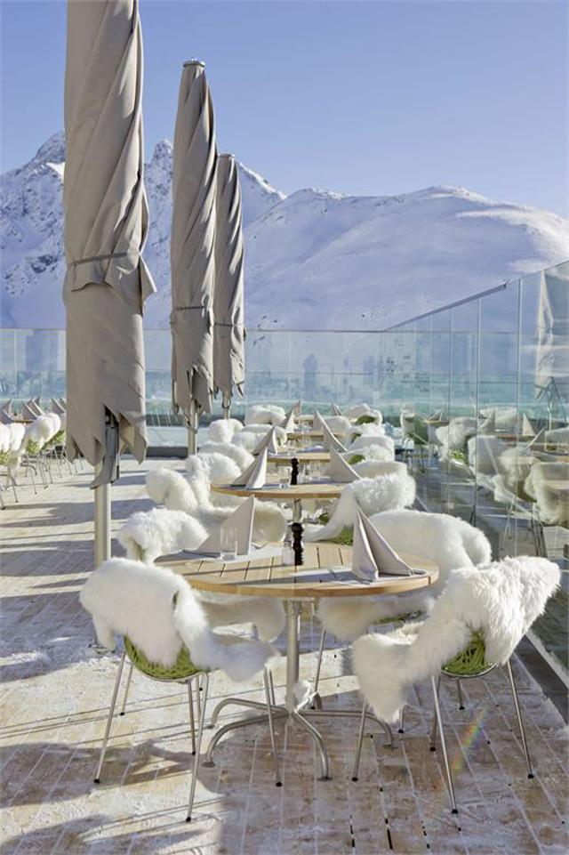 Romantik-boutique-Hotel-Muottas-Muragl-switzerland-4.jpg