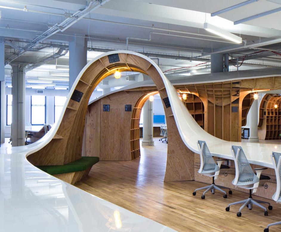Clive-Wilkinson-Superdesk-Barbarian-Group-Office-Workspace-5-1.jpg