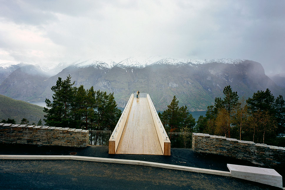 Travel-Norway-Architecture-27.jpg