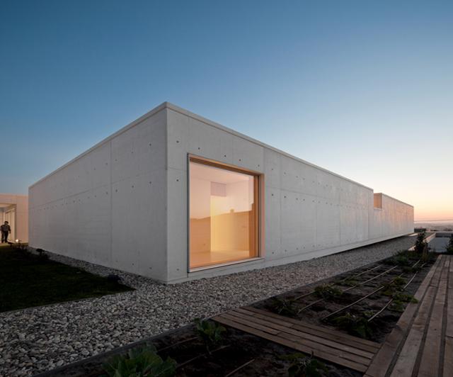 House-Leiria-ARX-Architects-Knstrct-1.jpg
