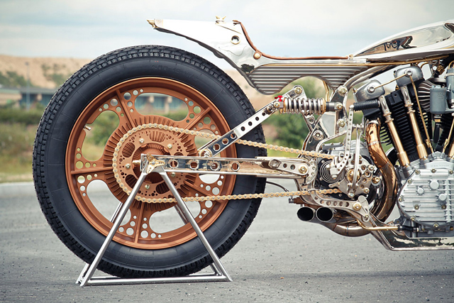Thunderbike-Motorcycle-AMD-Championship-Custom-Bike-Building-2012-8.jpg