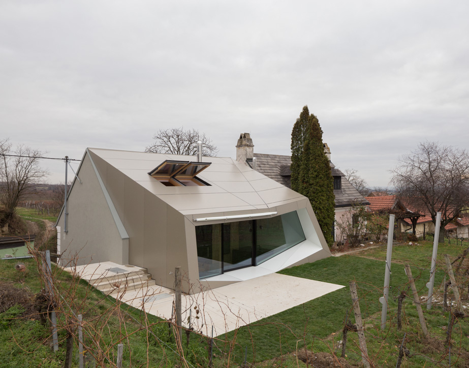 March Gut Wolfgang Wimmer Strobl Winery Modern