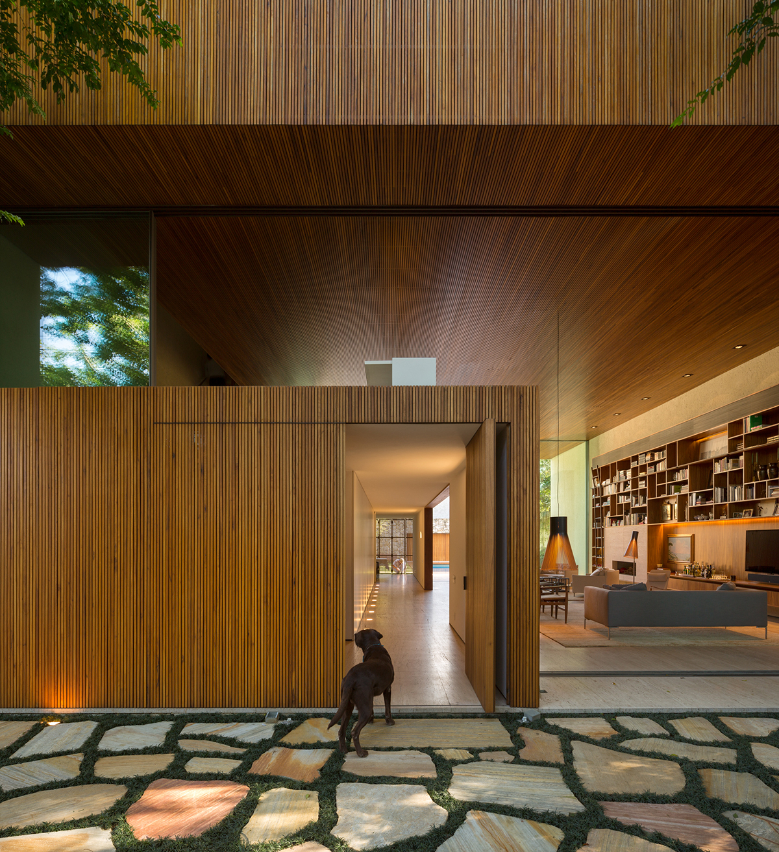 L House in San Paulo designed by architect Marcio Kogan of MK27 Studio