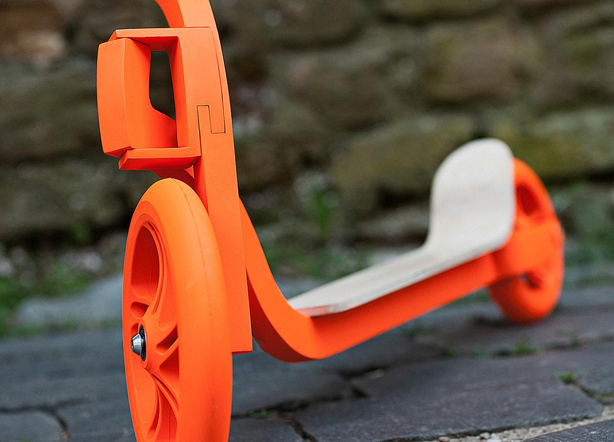 Pigeon Kickscooter by Ignas Survila Design