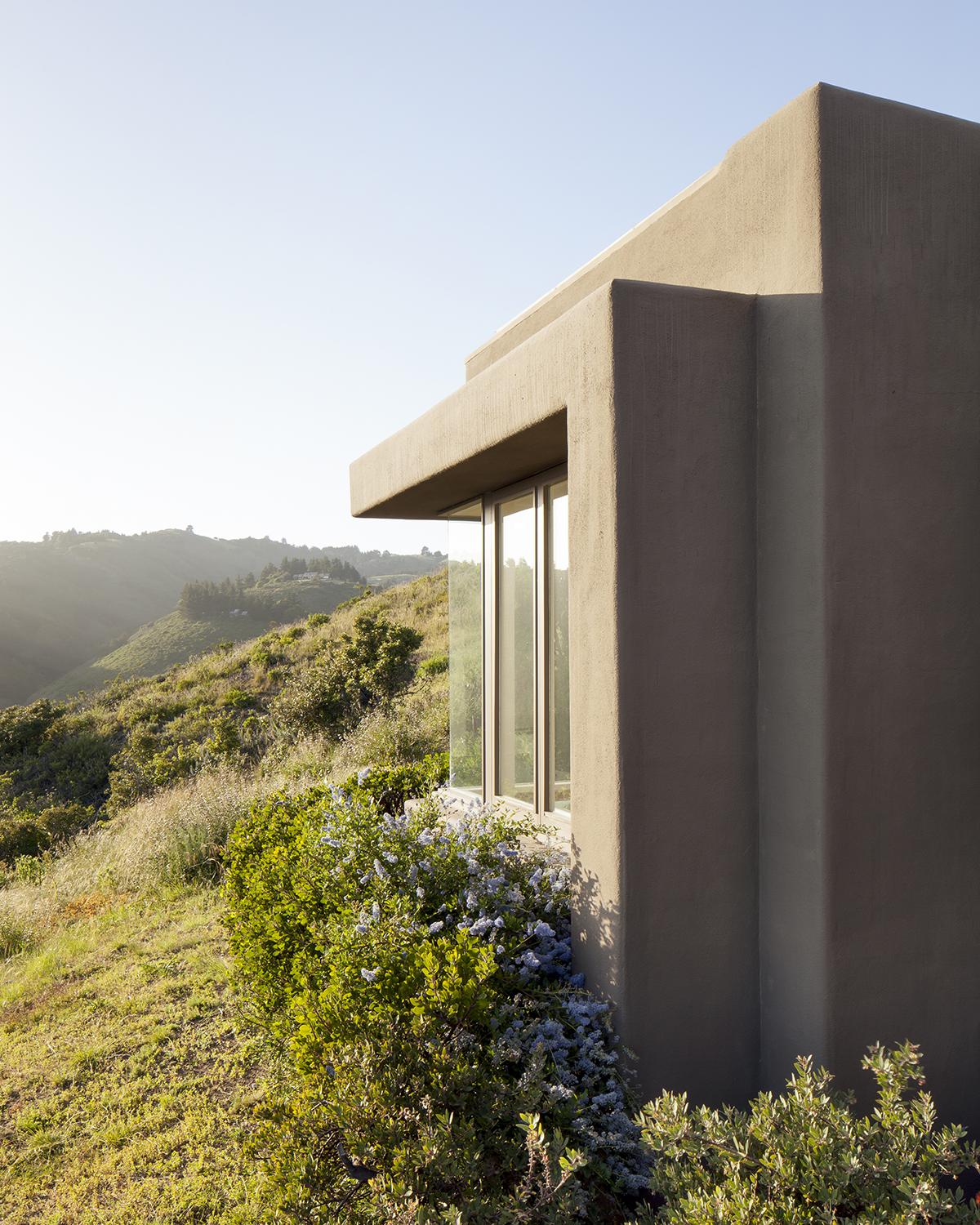 Big Sur House by architect George Brooke Kathlow