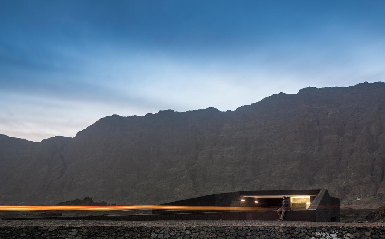 Oto arquitectos' Volcanic Fogo Island Natural Park Headquarters