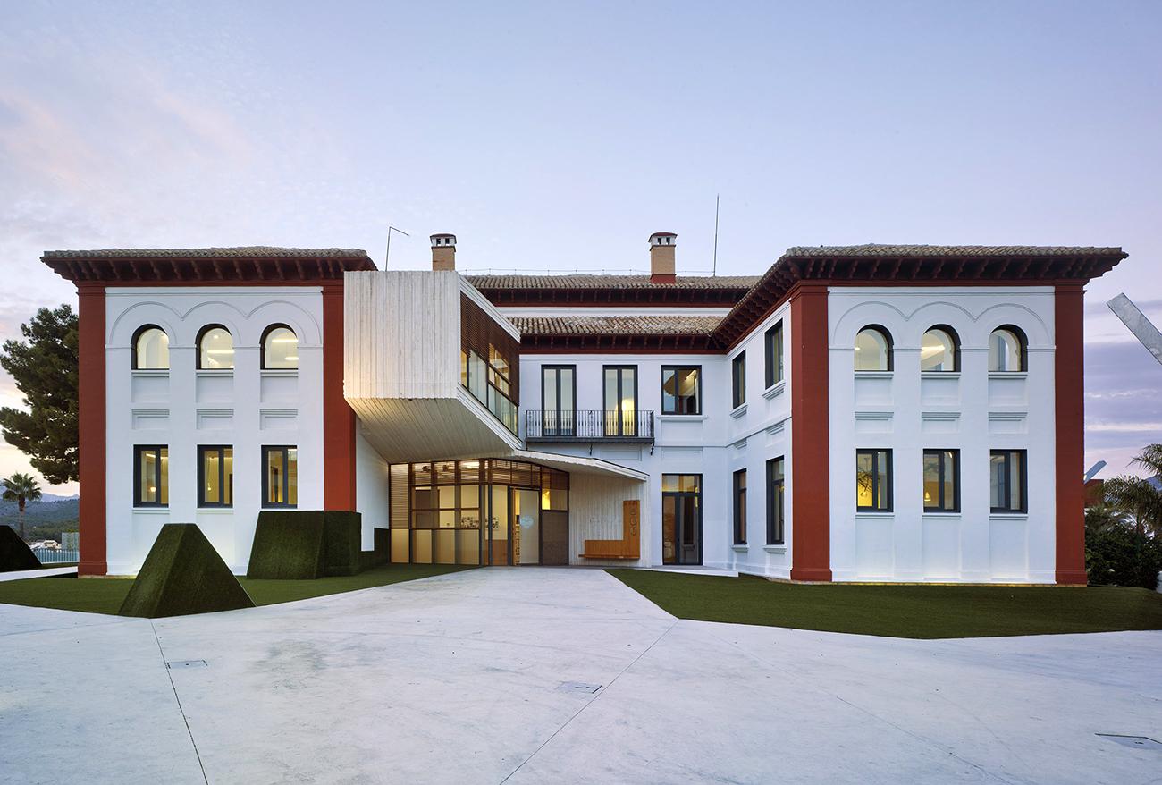 La Nucia's University, La SEU transformed by CrystalZoo.