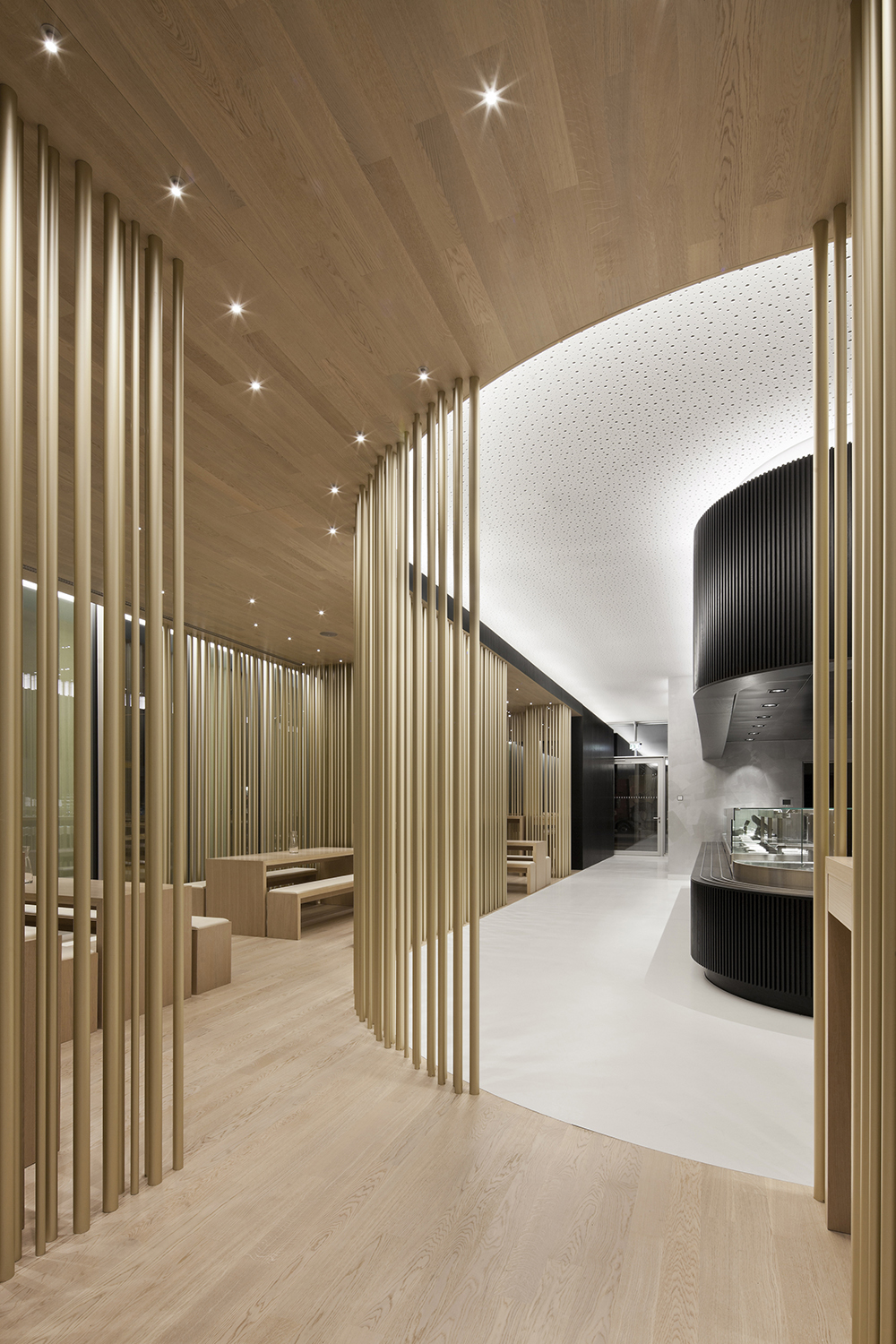 Tour Total Bar by Leyk Wollenberg Architects. Berlin, Germany
