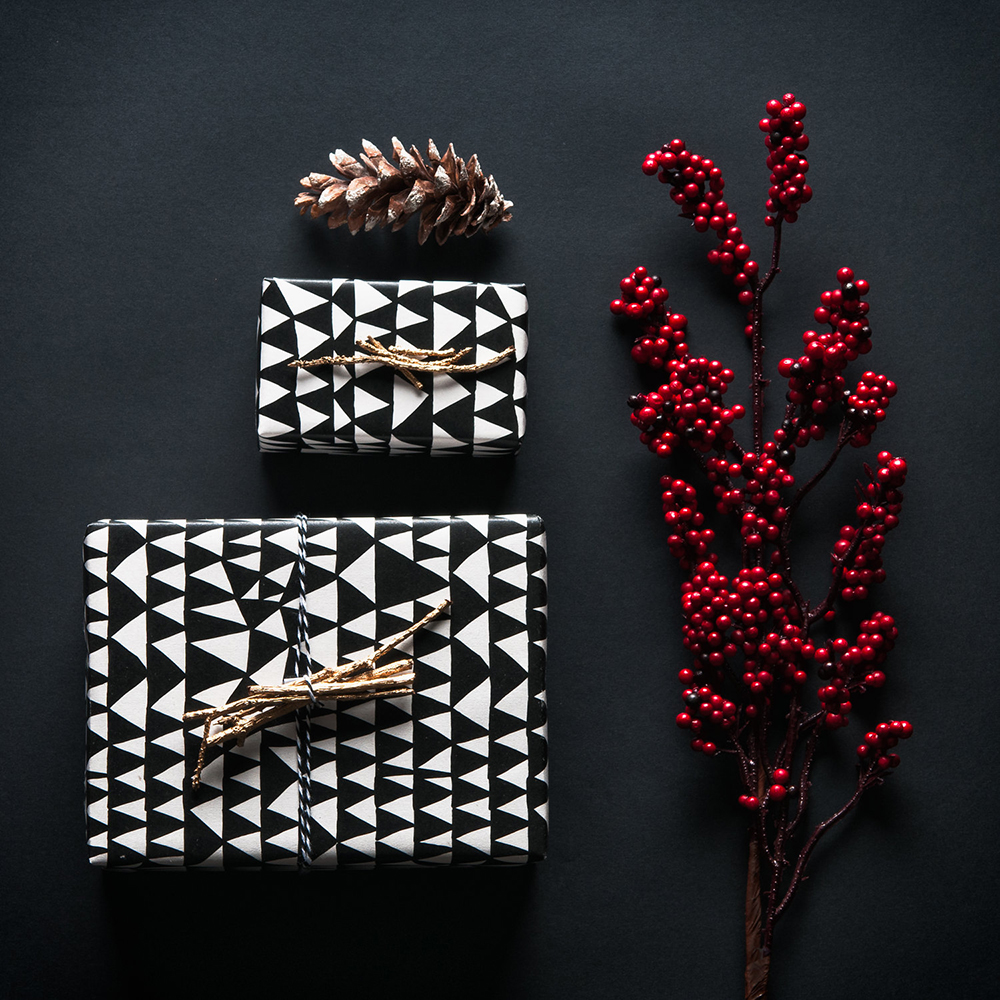 Holiday-Wrapping-Paper-Gift-Wrap-Ideas-Cool-16.jpg