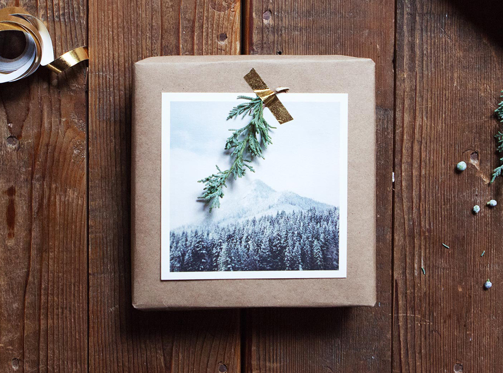 Adding a photo to your gift is a great wrapping paper idea