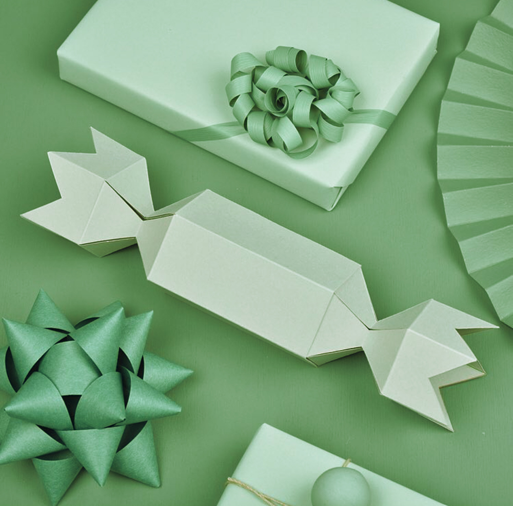 Green holiday wrapping paper ideas