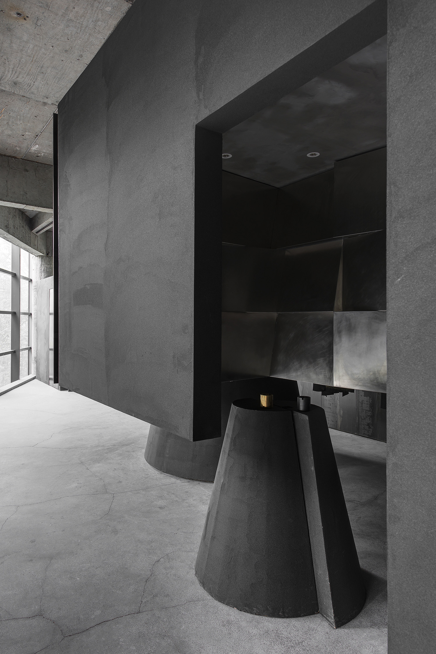 Geometric concrete retail store