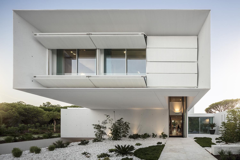 QL House motorized shutters