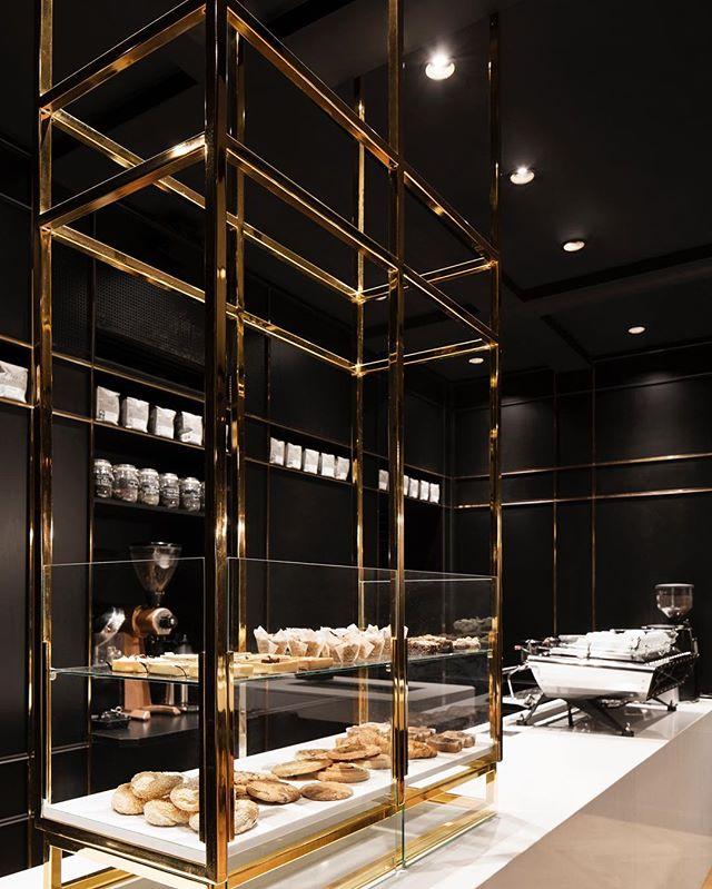 Where else does one imbibe in a café au lait and devour a pain au cholat than a space of equally exquisite measure? Enter: Montréal's Standard Café, Designers Créatifs' latest design confection spearheaded by Jean de Lessard #interiodesign @jeandelessard