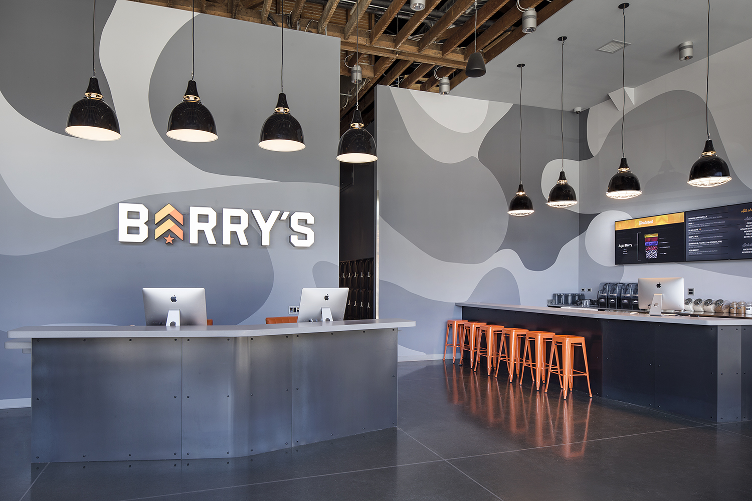 The reception desk at Barry's Bootcamp in the Marina