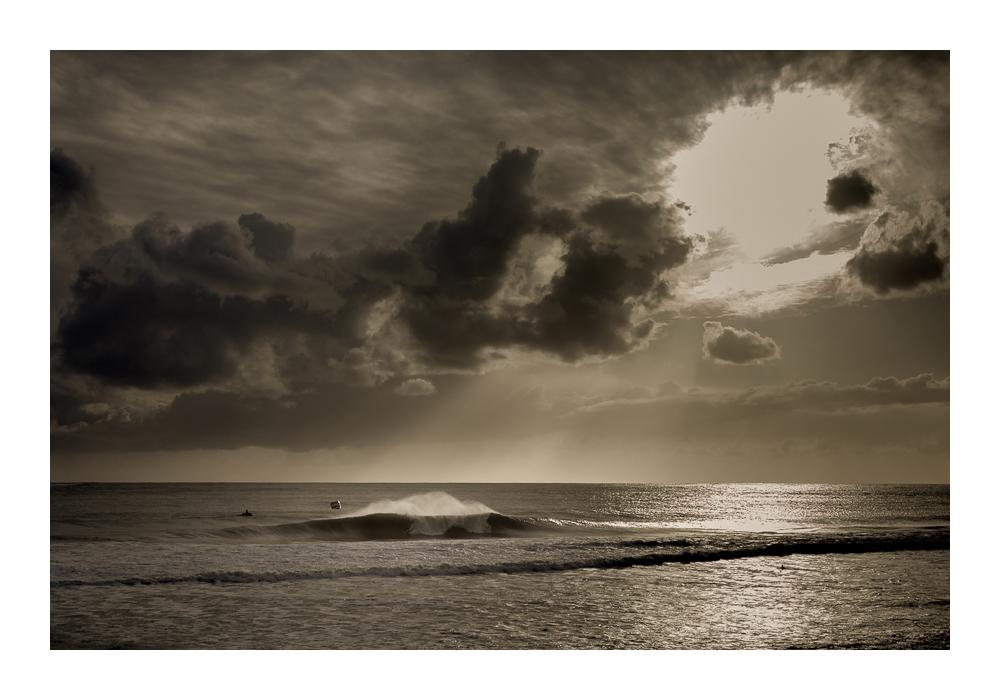 Gonçalo Barriga surf Carcavelos.jpg