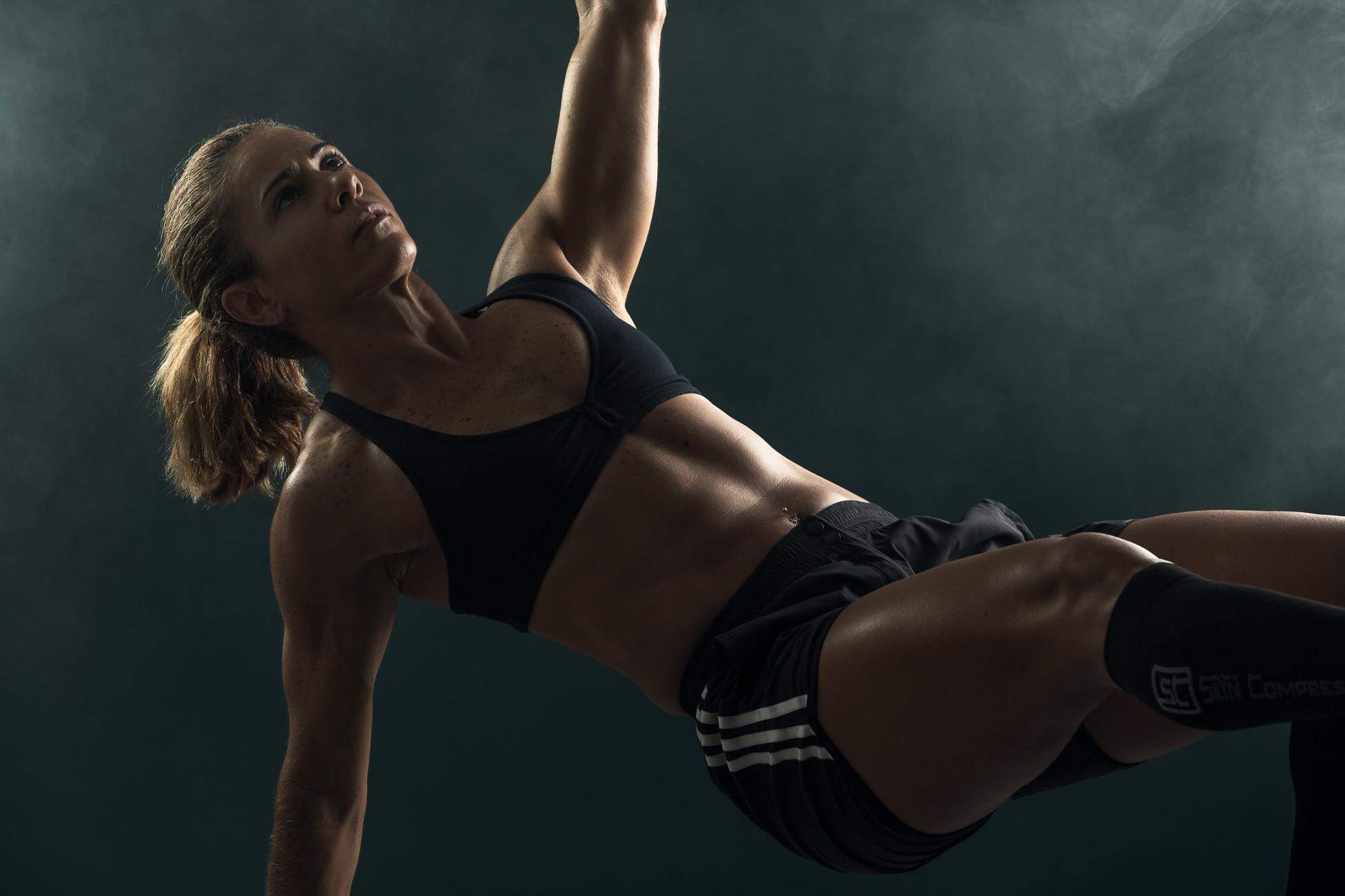 Gonçalo Barriga Photographer - Studio Portrait of Fitness Coach
