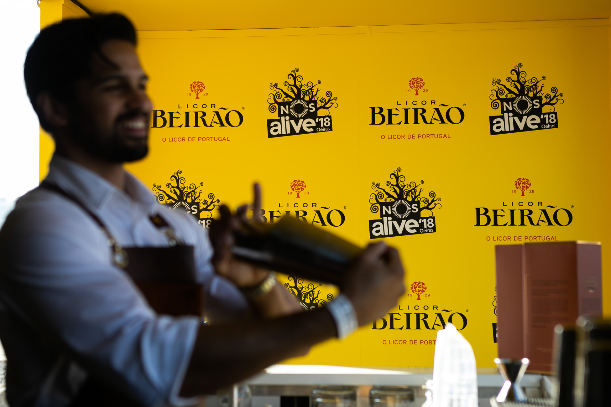 Gonçalo Barriga Lifestyle Photographer - Licor Beirão cocktail barman NOS Alive Lisbon