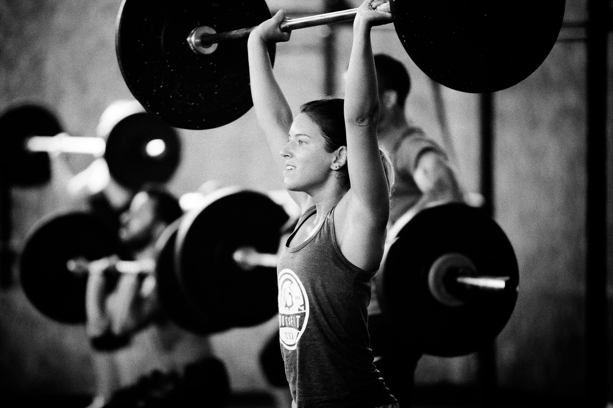 Gonçalo Barriga CrossFit Photographer - Barbell thrusters