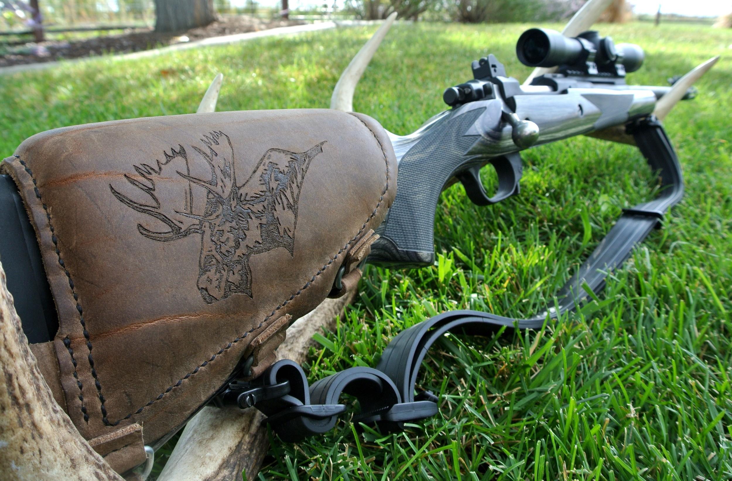 Circle M-Brand Leather Buttstock Cuff - moose bolt.JPG