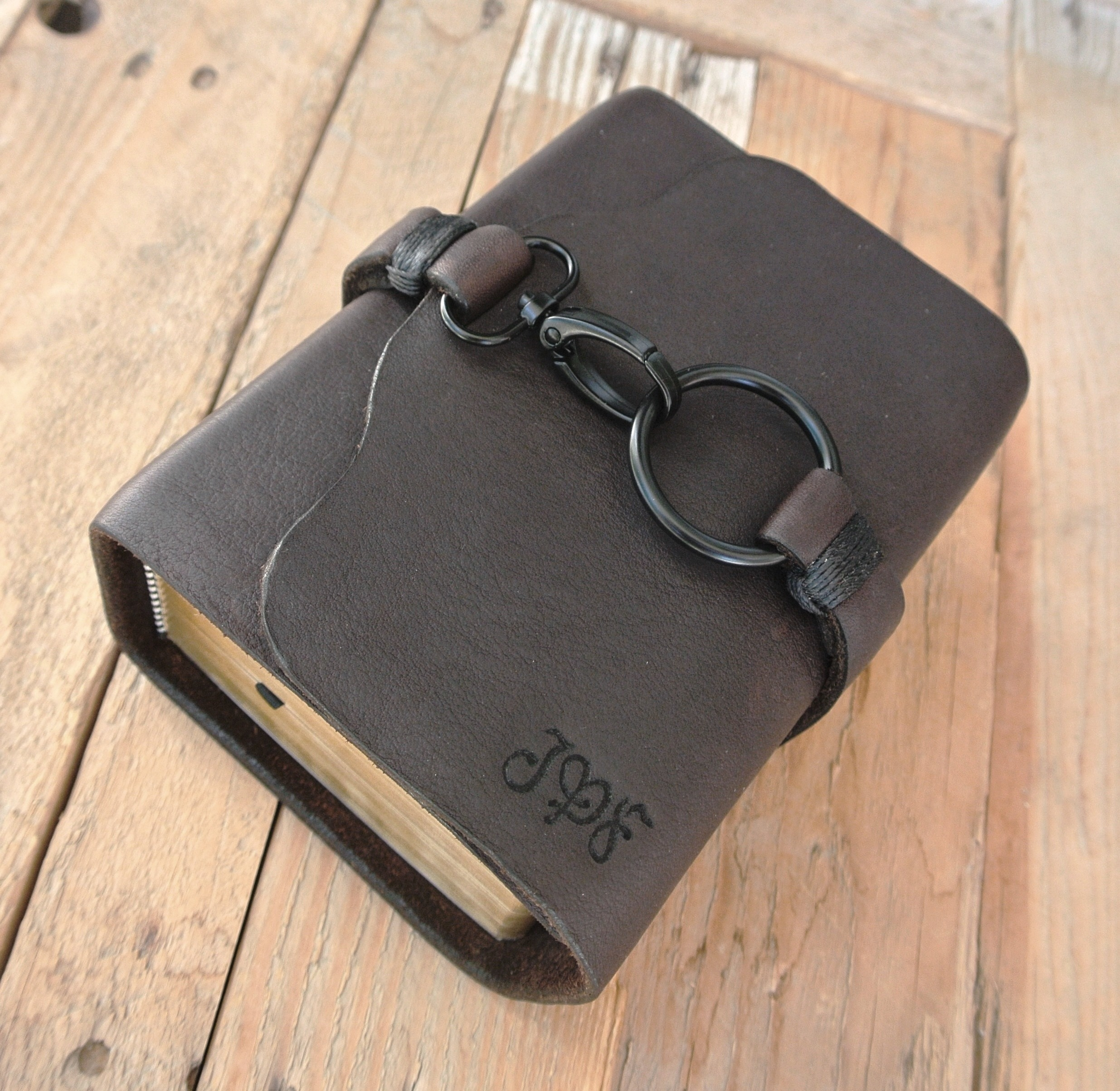 Circle M Brand - Compact Quad Scriptures with Clasp and Heat Engraved initials.JPG