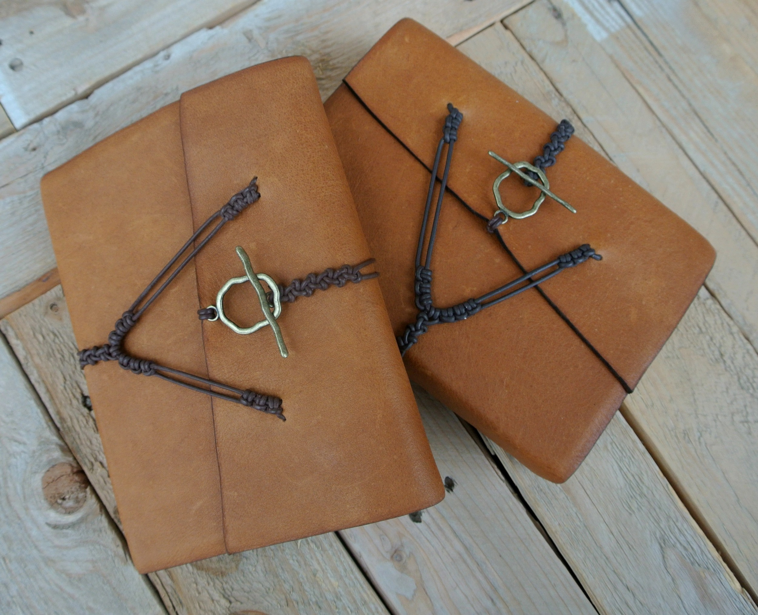 Circle M Brand - Regular LDS Bible & Triple with Toggle Clasps.JPG