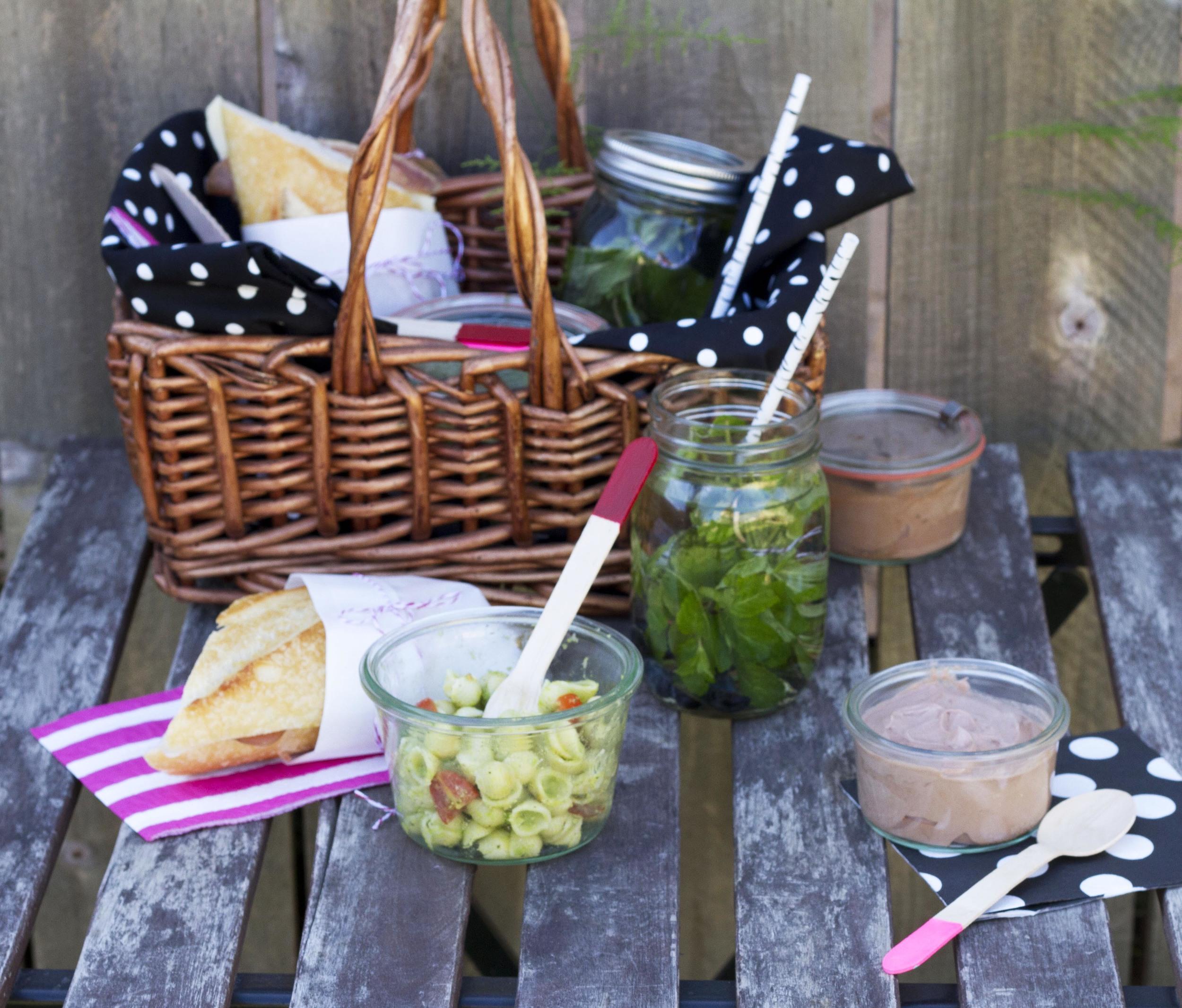 picnic on table 2.jpg
