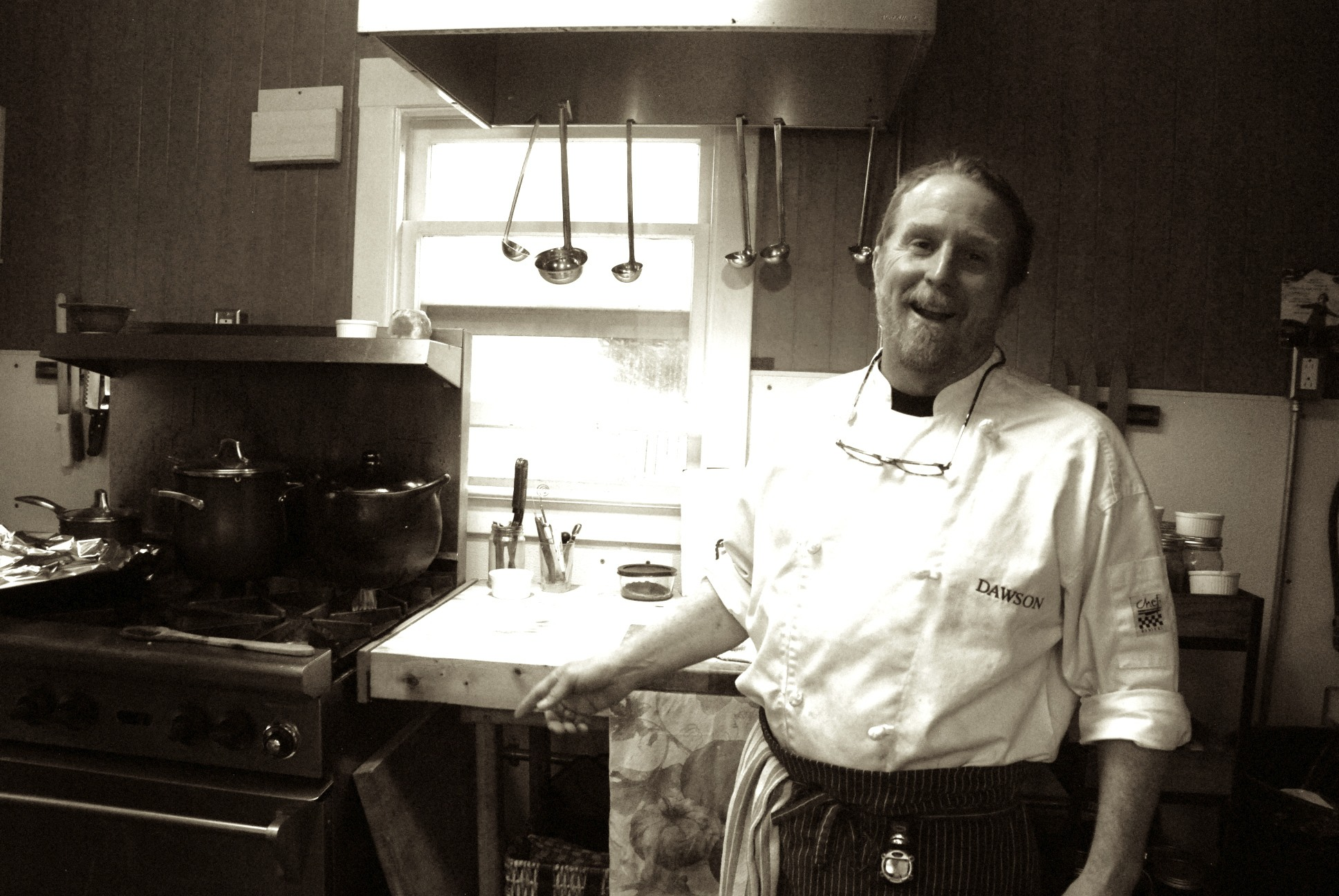Chef Joe prepares sumptuous dinners for reserved parties and weddings.