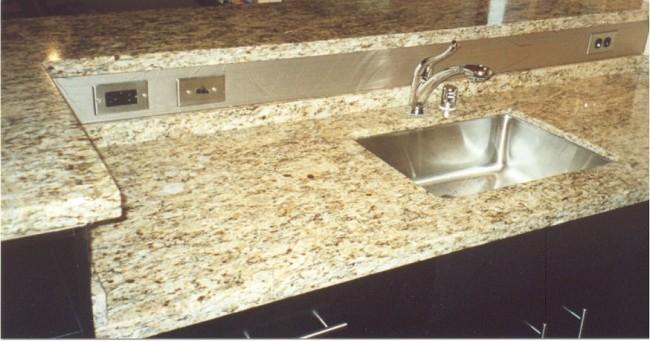 kitchen top.jpg