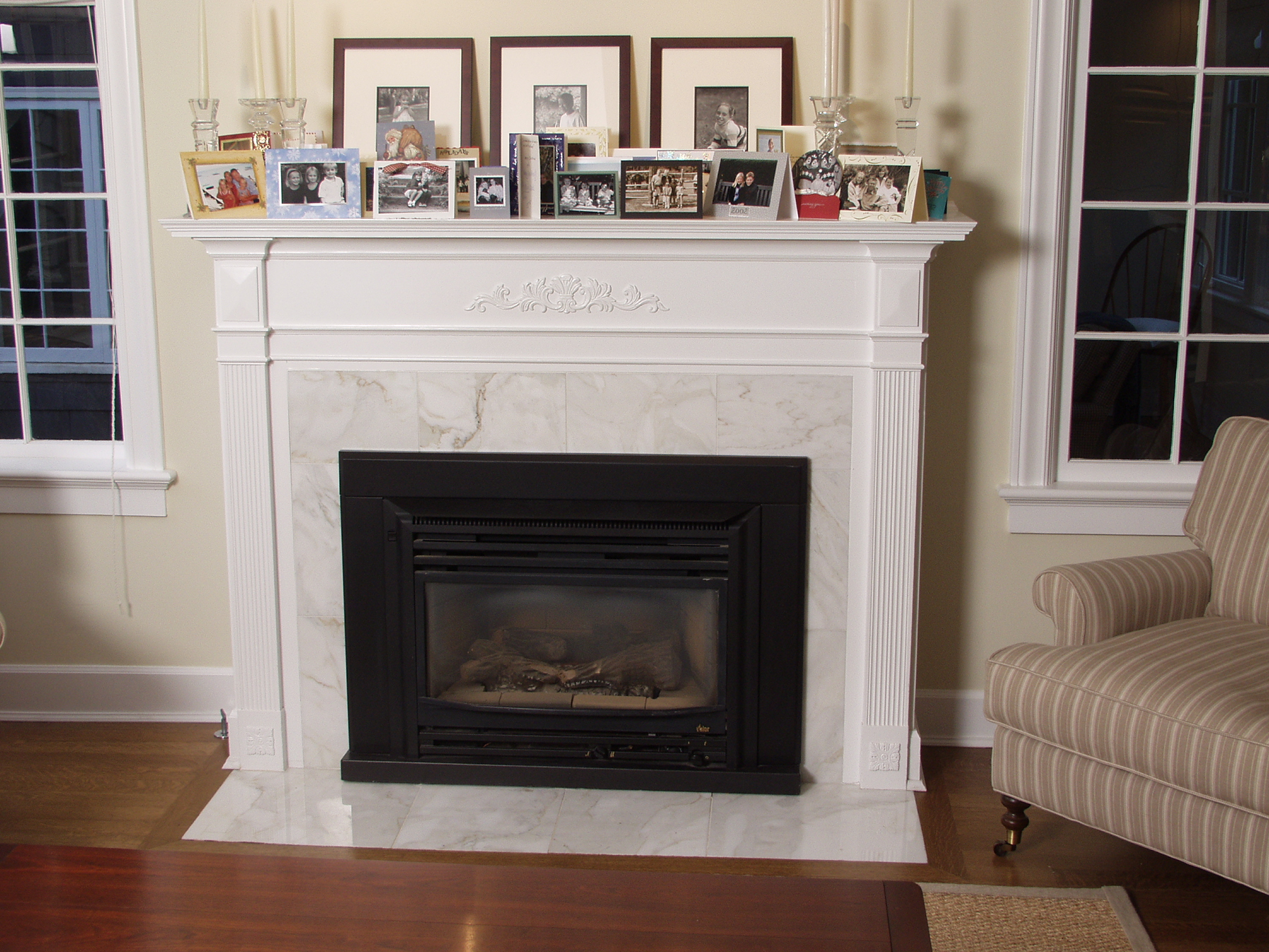 Fireplace in Calacatta Cremo 3.JPG