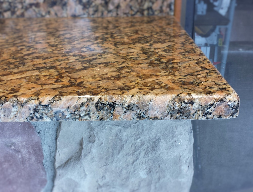 giallo florenzia granite.jpg