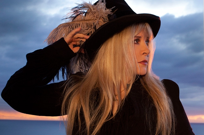 stevie-nicks-Lsa Vegas Show App.jpg