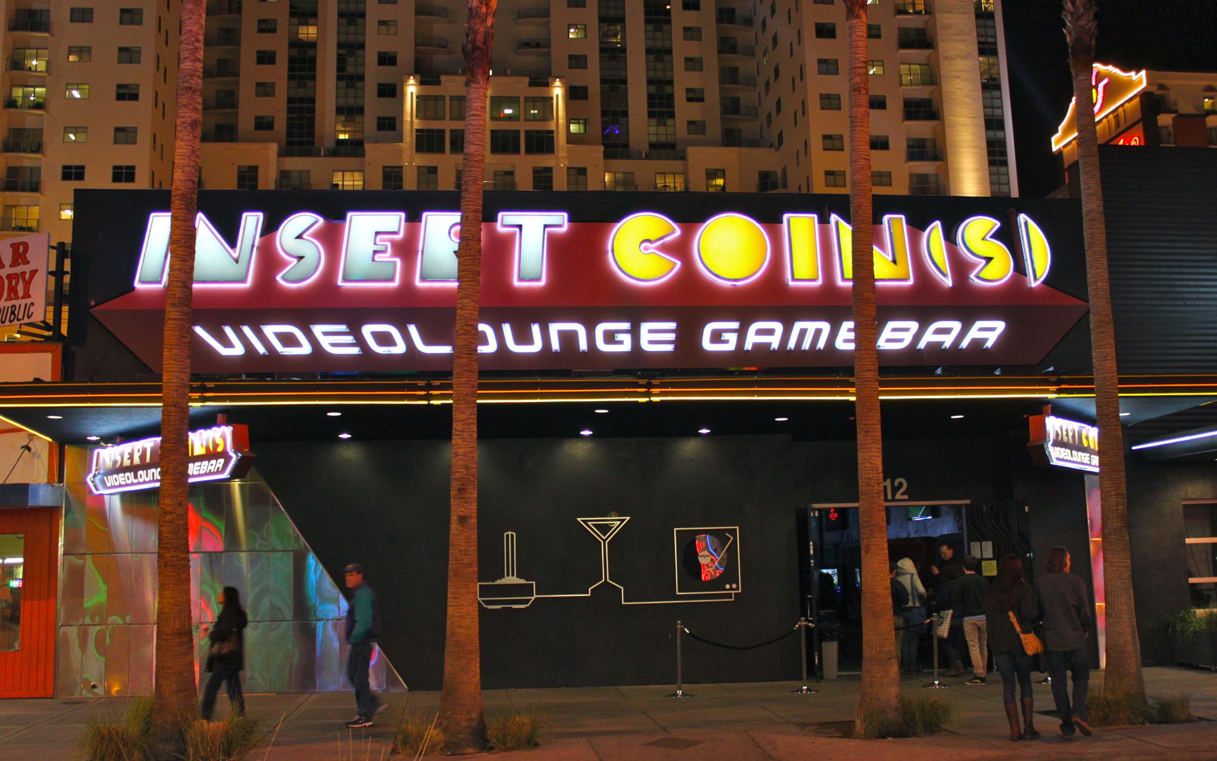 insert_coins_night.jpg