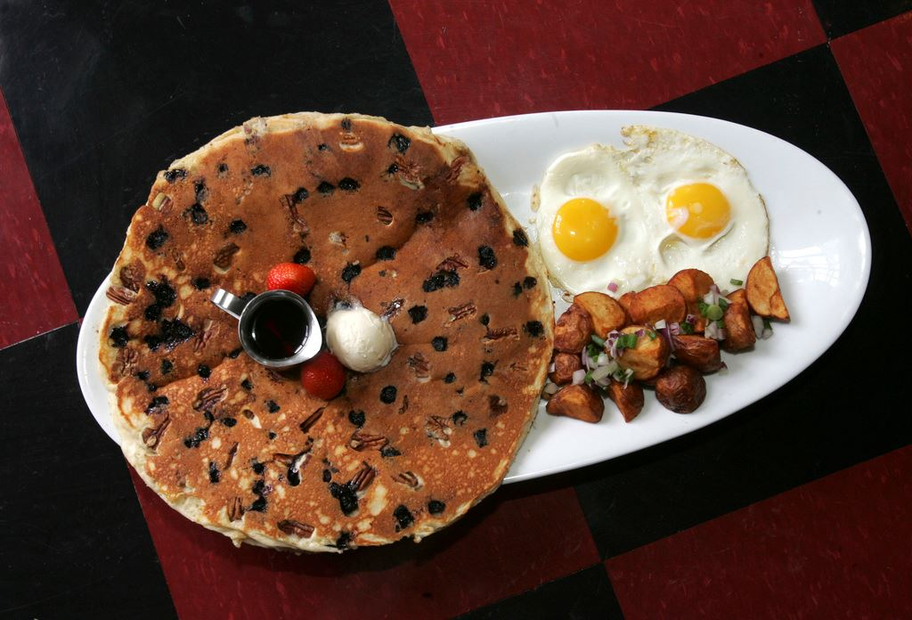The Pancake Tractor @ Hash House A Go Go Las Vegas