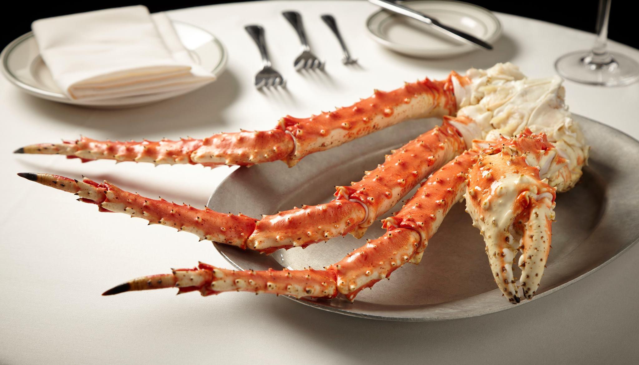 Fresh Alaskan King Crab Leg at Joe's Seafood Prime Steak & Stone Crab