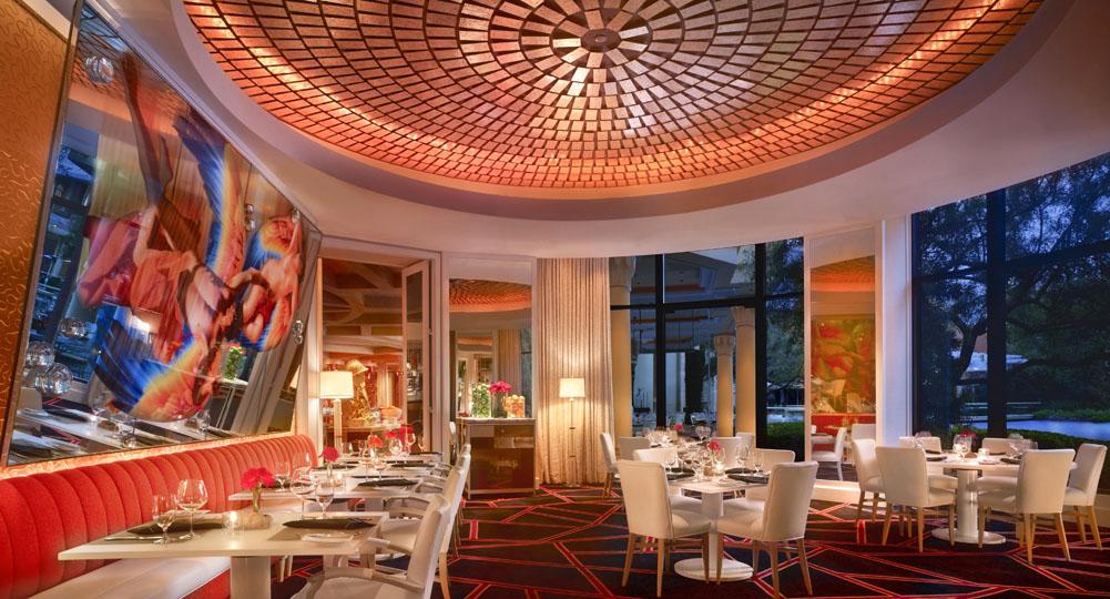 2_313_Lakeside_Private_Dining_Barbara_Kraft.jpg