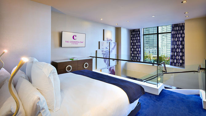 cosmo-2016-lanai-suite-bed.jpg